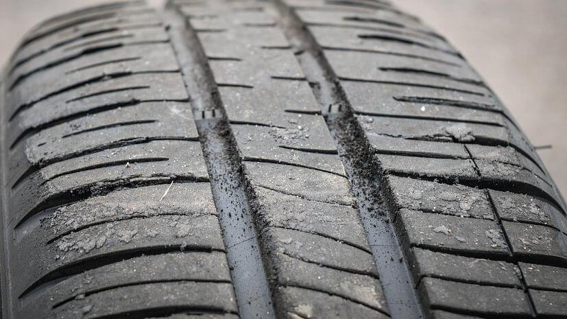 Як визначити знос шин
