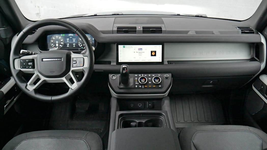 Land Rover Defender Интерьер салона